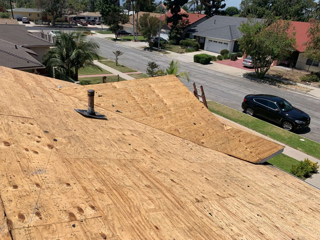 Roof Replacement in North Hollywood, using shasta white Asphalt Shingles